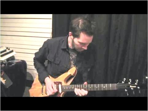 Guitar Training with Paul Gilbert: String Bending large bend