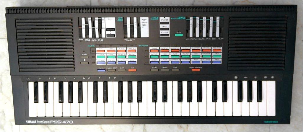 Keyboard: Yamaha PSS-460 / PSS-470